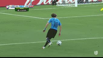 keylor navas makes a great save for costa rica [gif