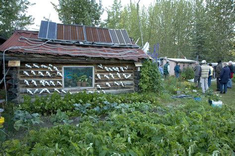 Solar Panels For Cabin by File Cabin With Solar Panels Jpg Wikimedia Commons