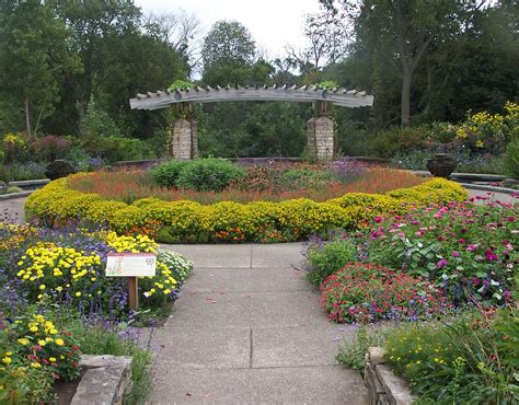 The Top 20 Most Beautiful College Gardens And Arboretums At Botanical Gardens