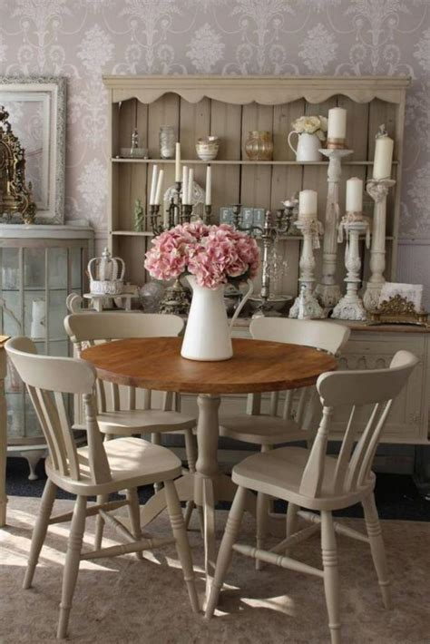 shabby chic dining room table and chairs d 233 co et meubles shabby chic dans la salle 224 manger