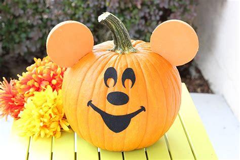diy mickey mouse pumpkin cutefetti