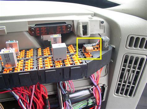 interstate batteries navistar hts power plug in dash fuse