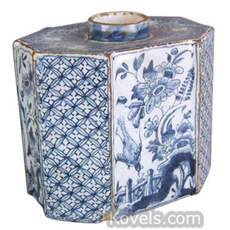 Delft Vase Value Antique Delft Pottery Amp Porcelain Price Guide Antiques