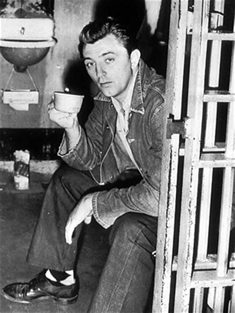 Robert Mitchum Does Time - Top 10 Badly Behaved