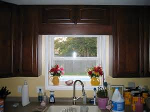 Window Treatments For Kitchen Window Over Sink - show me you kitchen bay windows above sink size of bay window over sink for splendid bay