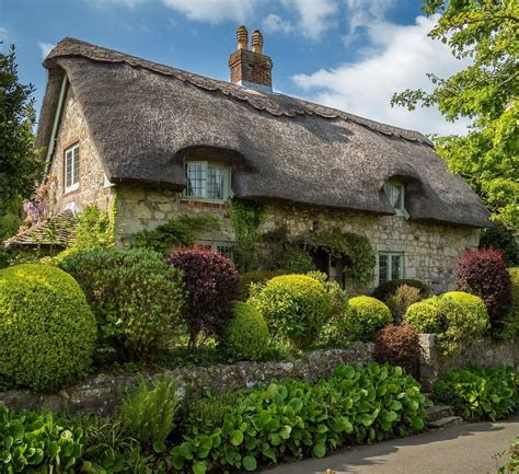 thatched cottage thatched cottage cottages cabins and country houses