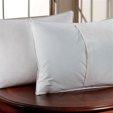 Envelope Closure Pillow by Downlite T 200 Envelope Closure Pillow Protector Standard
