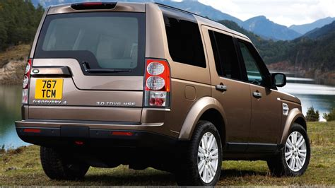 land rover brown land rover discovery in brown hd wallpaper