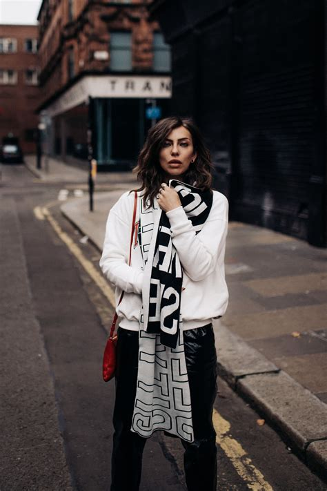 Jaket Parka Combine how to combine a parka 3 ways to wear your favorite