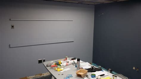 does paint make your ceiling appear lower the decorologist