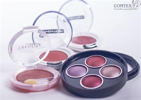 Blush On 3d Silky Seri 2 farduri de pleoape trusa cu 4 culori magic visage holografic 3d seventeen silky shadow 208