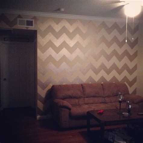 gold accent wall 25 best ideas about chevron accent walls on pinterest
