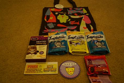 Swag Bag Giveaway - contest closed blogpaws 2012 swag bag giveaway the wobbly cat