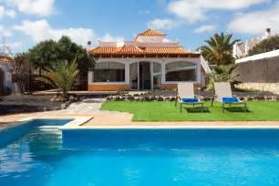 villas in caleta de fuste villa with private pool in