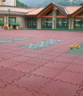 pavimento antitrauma per esterno pavimentazioni antitrauma da esterno codex srl