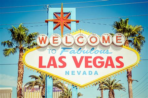 7 to find cheap flights to las vegas hopper