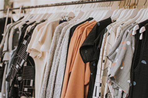 basiques garde robe les basiques 224 avoir dans votre garde robe image nouvelle
