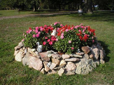 aiuole per giardini giardini aiuole giardinaggio aiuole nei giardini