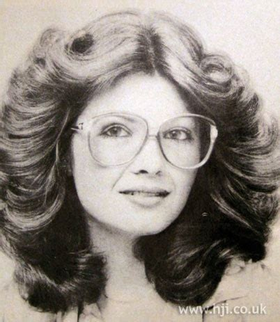 roll and set hairstyles 1979 soft rolls hairstyle long brunette hair was set on