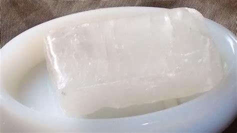 propiedades de la piedra de sal piedra de alumbre usos y propiedades desodorante