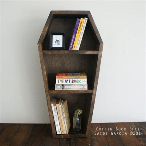 Handmade Bookshelf - 16 cool handmade book shelf storage ideas