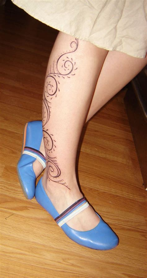 simple tattoo on leg 40 lovely leg tattoo designs to get ready for tattoos