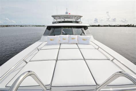 boat us rewards risk and reward motor yacht lady z bow sunpads