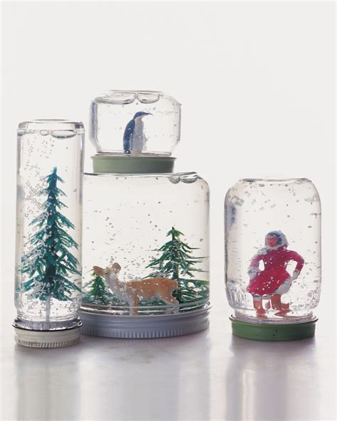 Handmade Snow Globes - these 21 diy snow globes will you jolly all season