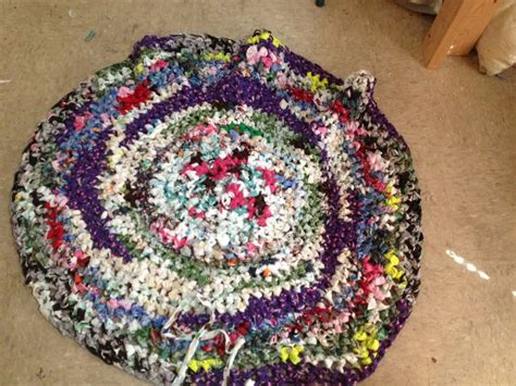 How To Make A Crocheted Rag Rug 11 Steps With Pictures How To Crochet A Rag Rug