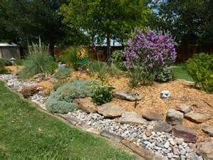 We create best plan front lawn landscaping ideas between neighbors