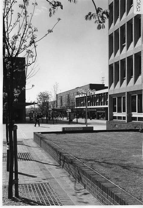 buy house in bracknell bracknell central library archive photos of the town centre in the 1970s get reading