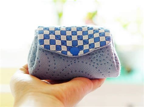 Handmade Pouch Tutorial - fabric purse tutorial diy tutorial ideas