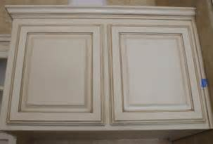 Cabinets glazed at a closer look