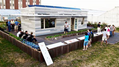 team uiuc s solar decathlon re house provides eco housing