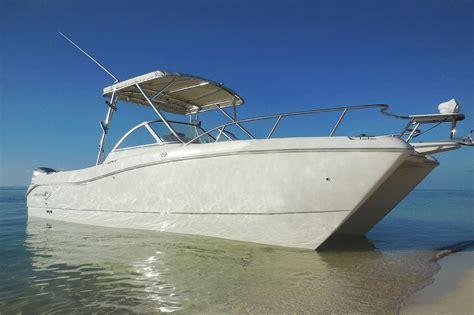 catamaran boat yard fire key largo rent a world cat 250dc 27 motorboat in key west fl on sailo