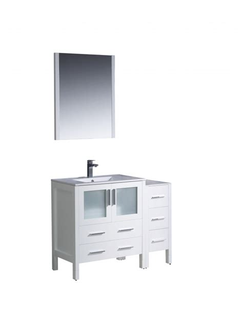 42 Inch Bathroom Vanity Cabinet 42 Inch Single Sink Bathroom Vanity In White With A Side Cabinet Uvfvn623012whuns42