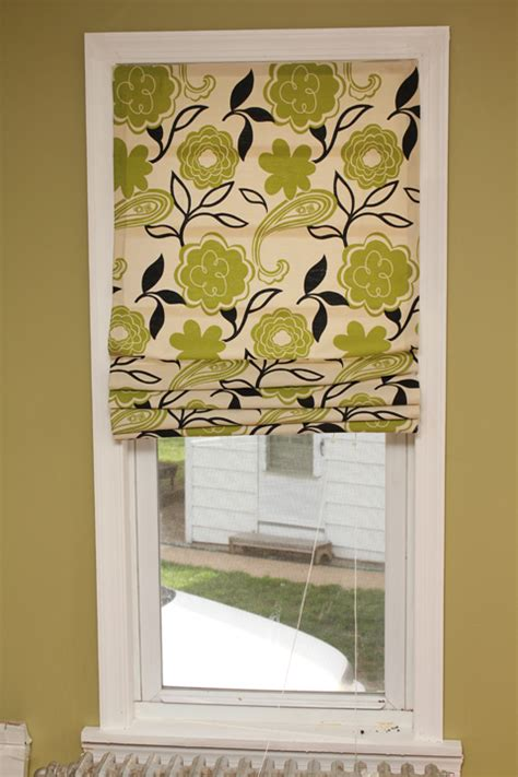 Diy Blinds Make A Shade Out Of Mini Blinds 365 Days To