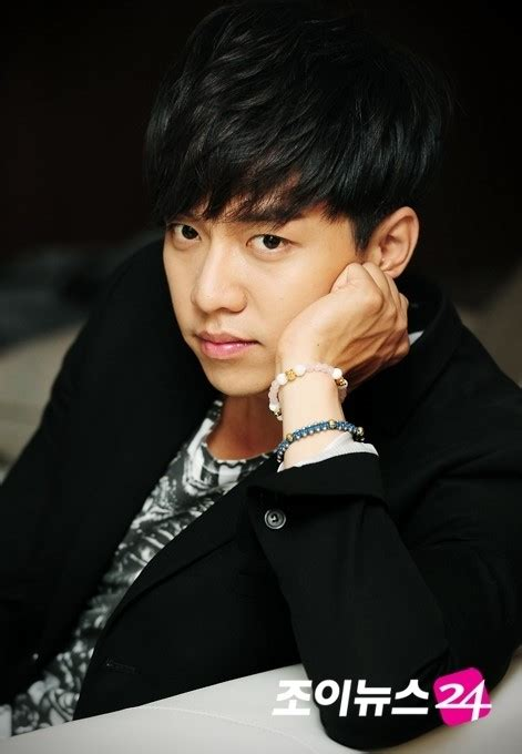 lee seung gi next drama lee seung gi no desire to be one top actor i d like a