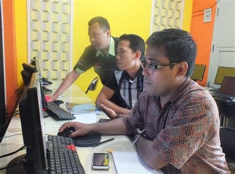 desain grafis dan multimedia rsud dr soedarso pontianak pelatihan desain multimedia