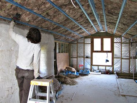 House Insulation by How To Choose The Best Green Insulation For Your House Types Of Insulation The Best Home