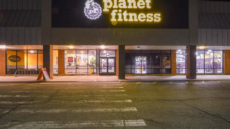 planet fitness haircuts locations haircuts at planet fitness michigan haircuts at planet