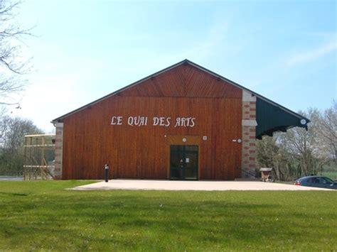 Au Quai Hh by Le Quai Des Arts Vibraye