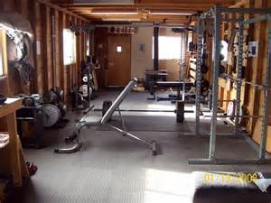 Best Exercise Equipment For Small Spaces - well equipped home gym design ideas interior design ideas