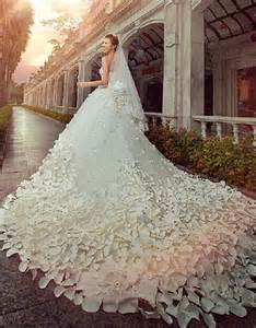 gorgeous wedding dresses gorgeous wedding dresses sweetheart crystals cathedral flowers sleeveless