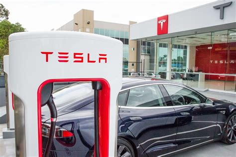 tesla model s supercharger tesla sends out supercharger abuse emails model s owners