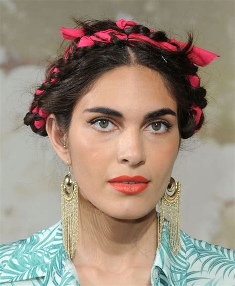 Frida Kahlo Hairstyle by Frida Kahlo Hair Www Imgkid The Image Kid Has It