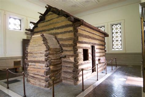 Abraham Lincoln Log Cabin Pictures by Walking In The Shoes Of Abraham Nou Our House