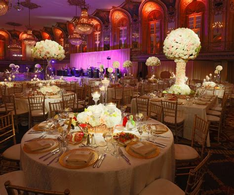Wedding Reception Decor by Wedding At Chicago Wedding Flowers And Decorations