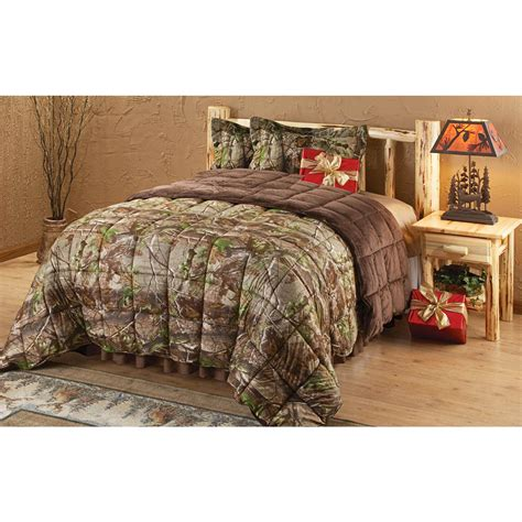 Camo Comforter Sets by Realtree 174 Apg 174 Camo Tricot Comforter Set 143103 Comforters At Sportsman S Guide