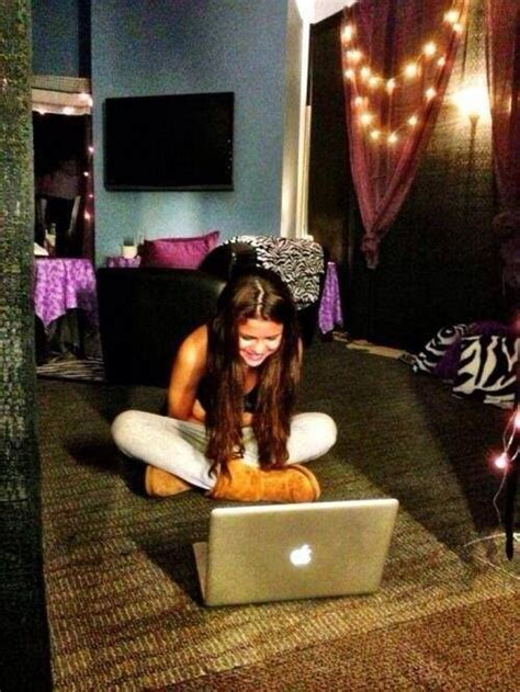 selena gomez bedroom selena gomez bedroom houses and homes pinterest